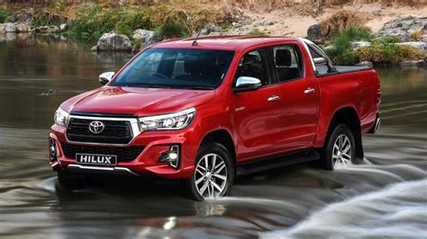 toyota hilux extra cab  toyota cars review release