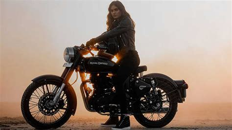 Royal Enfield Responds To Jawa Bobber With Blacked-Out ...