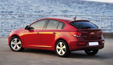 chevrolet cruze   shown  week hatchback