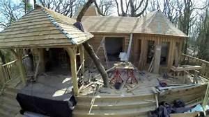 Cabane Dans Les Arbres Construction : construction cabane puybeton chateaux dans les arbres youtube ~ Mglfilm.com Idées de Décoration
