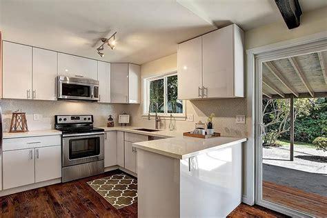 Flat Panel Cabinets by Acrylic White Flat Panel Pius Kitchen Bath
