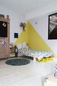 les 25 meilleures idees de la categorie peinture chambre With peinture mur chambre bebe