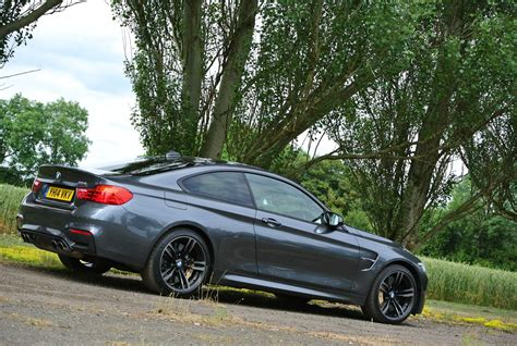 Bmw M4 Cost by Bmw 4 Series M4 2014 Running Costs Parkers