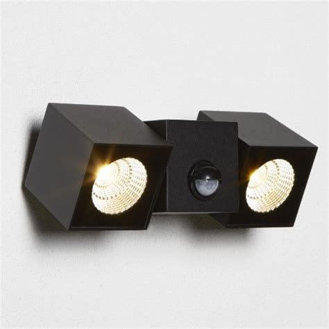 dallas outdoor 2 light cube led wall bracket in black 33019