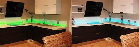 credence cuisine en verre design cr 233 dence en verre sur mesure pour cuisine righetti
