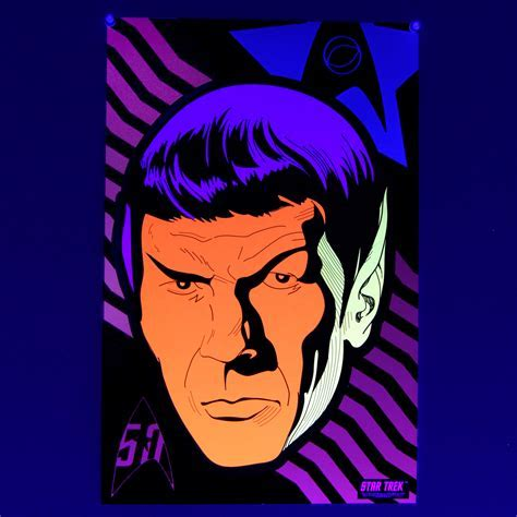 MoPOP Shop   Star Trek Blacklight Poster Set   Comes With