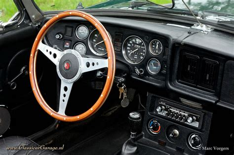 1977 MG MGB roadster dashboard | Marc Vorgers | Flickr