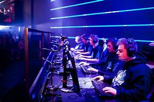 Win tickets to the UK League of Legends ESL Premiership ...