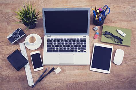bureau avec ordinateur le top 5 des ordinateurs design darty vous