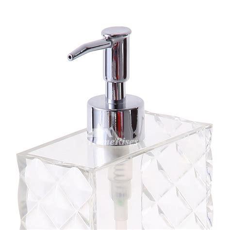 Simple Modern White Plastic Bathroom Liquid Soap Dispenser