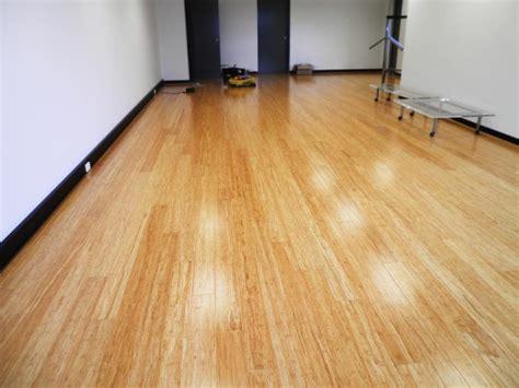 how to install bamboo click flooring click lock bamboo flooring gurus floor