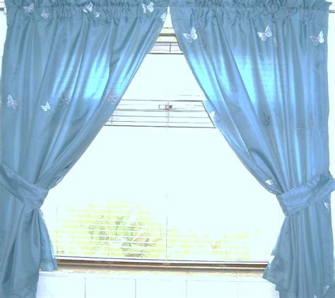 Small Waterproof Bathroom Window Curtains by Water Resistant Bathroom Window Curtainswallyhd