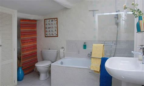 chambres d hotes avignon et alentours chambre d 39 hôtes des roses à gordes avignon et provence