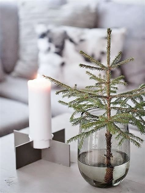 Minimalist Christmas  Alternative Christmas Decoration Ideas