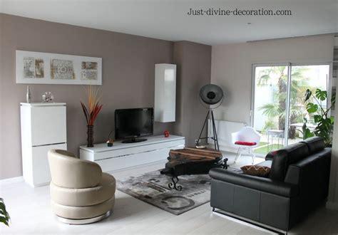 sejour contemporain taupe gris blanc noir