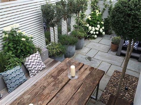 Garten Terrasse Gestalten die besten 25 terrasse gestalten ideen auf
