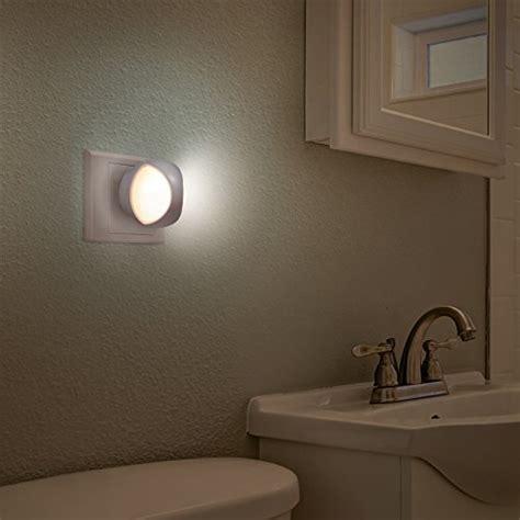 avantek led night light plug and play automatic wall