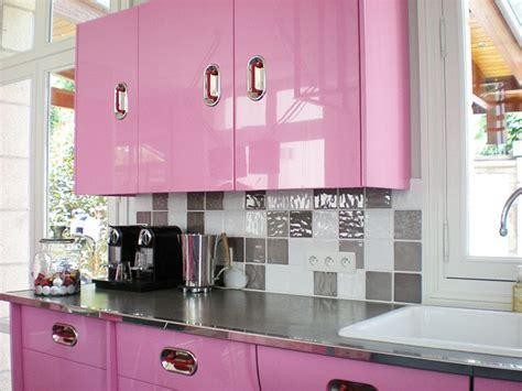 cr馘ence cuisine comment poser une credence de cuisine maison design bahbe com