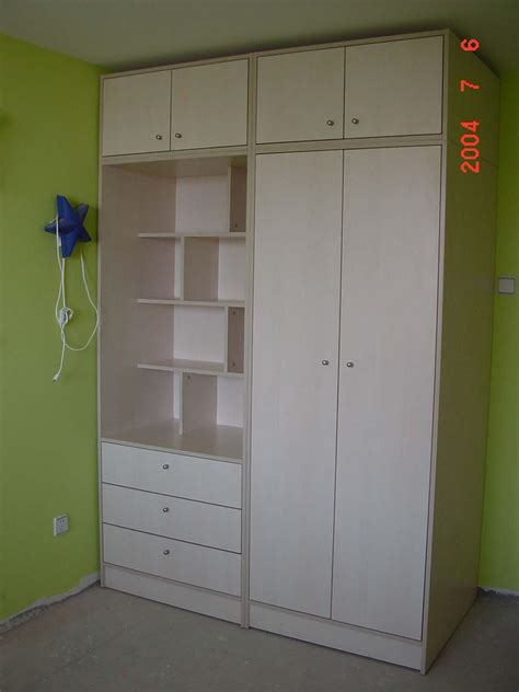 Bedroom Wardrobes by China Bedroom Closets Wardrobes China Sliding Door