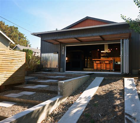 Couple converts 480 square foot garage into their home