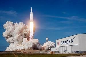 Tesla En Orbite : falcon heavy r ussit son envol ciel espace ~ Melissatoandfro.com Idées de Décoration