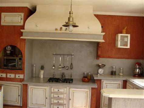 cuisine provence cuisine provençale relookée finition patine et relooking