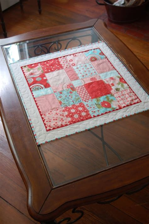 ideas  quilted table toppers  pinterest