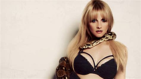 melissa rauch sexy melissa rauch exclusive hot photo shoot bernardette on