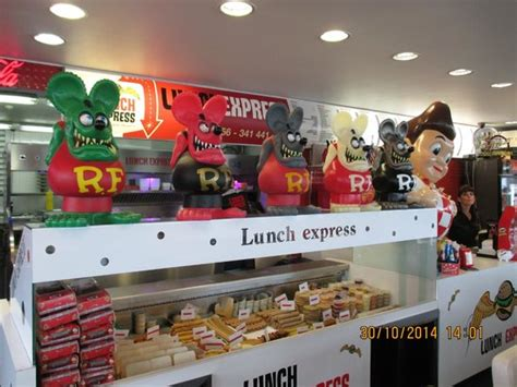 interieur 3 picture of lunch express mouscron tripadvisor