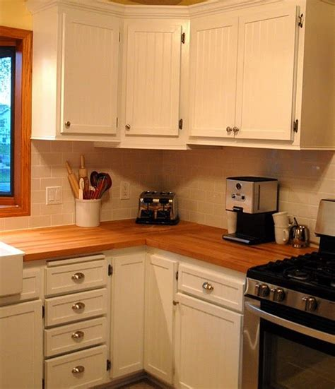 hutch kitchen cabinets 59 best images about beadboard on paint colors 1756
