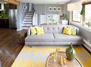 deco salon gris et jaune 25 inspirations fascinantes With tapis jaune avec canape livio