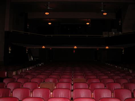 fresh theater seats that move 14910