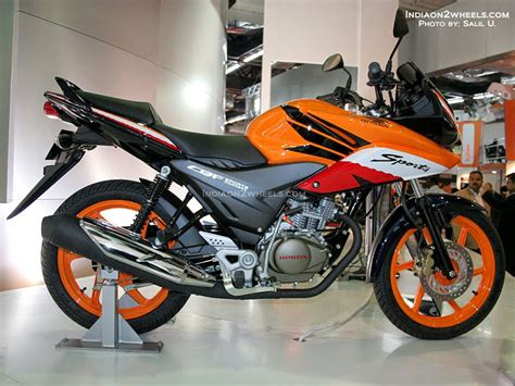 Modifikasi Motor Verza Hitam by Modifikasi Striping Verza Hitam Thecitycyclist