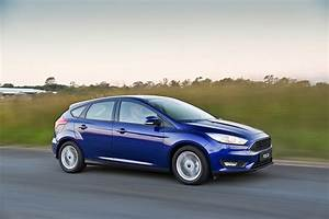 Ford Focus 1 : ford focus 5 doors 2014 2015 2016 autoevolution ~ Melissatoandfro.com Idées de Décoration