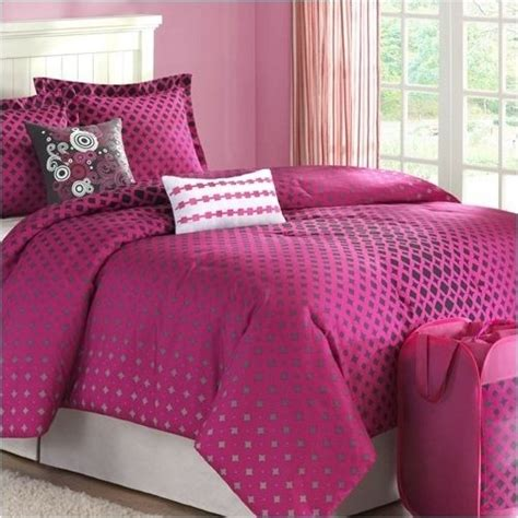 silver and pink bedroom 8 best black and pink bedding images on 17060