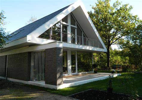 Moderne Häuser Mit Holzfenster by 158 Modernes Haus Mit Holzfenster Fenster Grau Kaufen