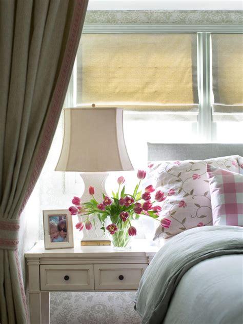 cottage decor cottage style bedroom decorating ideas hgtv