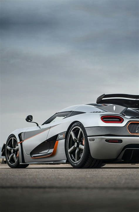 Watch the agera rs accelerate and decelerate quicker than a chiron. 2014 Koenigseggs Agera One1   Koenigsegg, Super sport cars, Bugatti cars