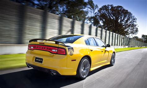 2012 Dodge Charger Srt8 Bee Horsepower by 2012 Dodge Charger Srt8 Bee Conceptcarz