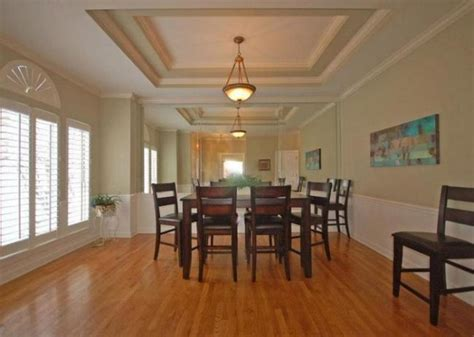 tray ceiling giving   age  decorologist