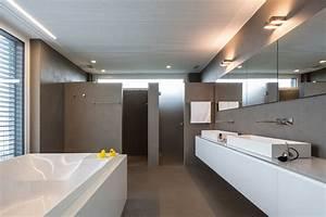 Fugenlose Bodenbeläge Bad : fugenlose b der bad dusche wellness spa ~ Markanthonyermac.com Haus und Dekorationen