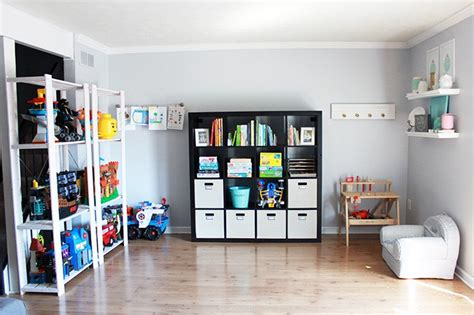 How To Get Organized When You Live In A Small House
