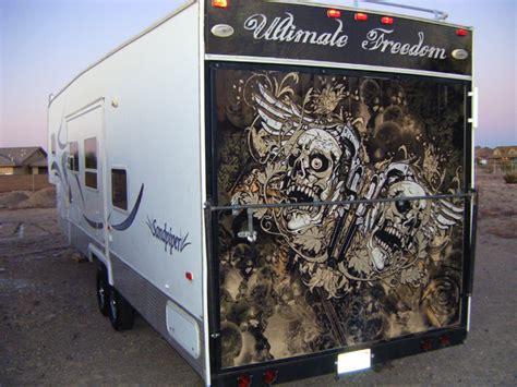 toy hauler door wrap trailers gatorwraps