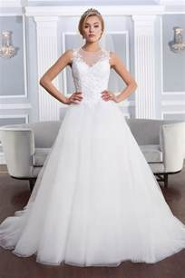the top wedding dresses the 25 most popular wedding gowns of 2014 bridalguide