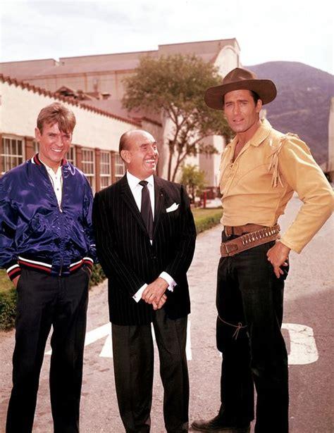 walker clint hutchins sugarfoot warner tv jack 1957 bros break cheyenne brothers james visit movie stars lot take 1955 westerns
