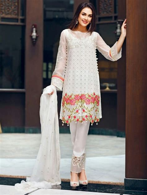 lawn collection  carnation luxury lawn
