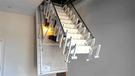 chaise electrique pour monter escalier escalier escamotable motorisé de grenier