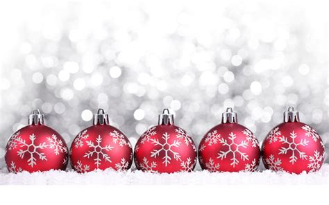 silver and red christmas ornaments balls on silver background wallpapers and images wallpapers pictures