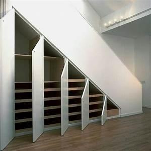 Unter Treppen Schrank : schrank unter treppe diele flur treppe pinterest ~ Michelbontemps.com Haus und Dekorationen