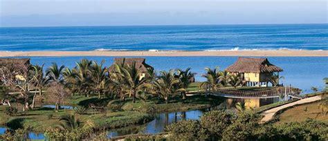 Hotelito Desconocido  Puerto Vallarta  Overwater Bungalows